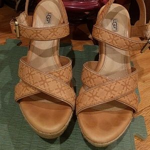 Ugg tan pair of espadrilles - EUC - size 5